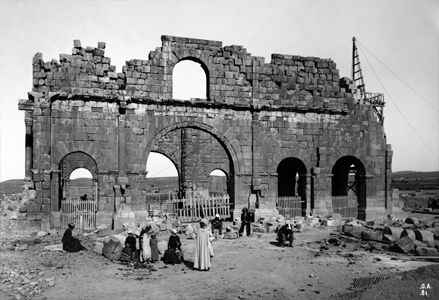 Ruines Romaines à Lambessa près Batna (Algérie)