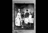 Famille Dr Garipuy Repro de Mr Frois photographe à Btz
