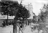 Champ de Mars, près du Panorama Transatlantique, à droite Histoire de l'habitation, Cité lacustre. Arrière-plan Exposition agriculture