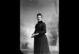 M. L. Ancely née Ricous en buste bas