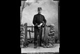 Capitaine Jean Ricous en pied