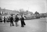 Près de la gare et du canal. Rouanne, Daléas et .