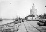 Le port et la Tour de l'or