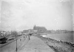 Le môle, le port, la cathédrale