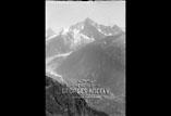 Chamonix, la vallée et l'aiguille du Dru