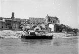Descente du Rhône en bâteau. Embarcadère de la Voulte
