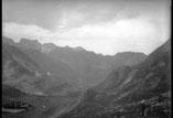Vue du lac Bleu et la montagne du Chiroulet