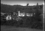 Vue du village (route de Bagnères à Lourdes)