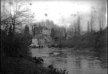 Moulin et château sur le gave d'Aspe (décembre)