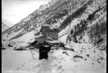 Route de la Raillère à Mauhourat. Dégâts de l'avalanche