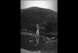 Robert Garipuy pêchant dans le lac d'Aïgo Ronyo