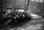Groupe près du moulin de la Gailette