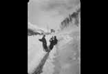 Rue principale dégât de l'avalanche. Mr et Mme Laffaille et Ledeprade