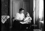 Louise et Valentine Ancely salon St Michel