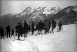 Concours de ski. Groupe d'alpins