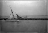 La Jetée. Bâteau pêcheurs