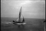 Un bâteau de pêcheurs en mer