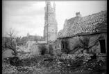 L'Abbaye et ruines de maisons (28 mars)